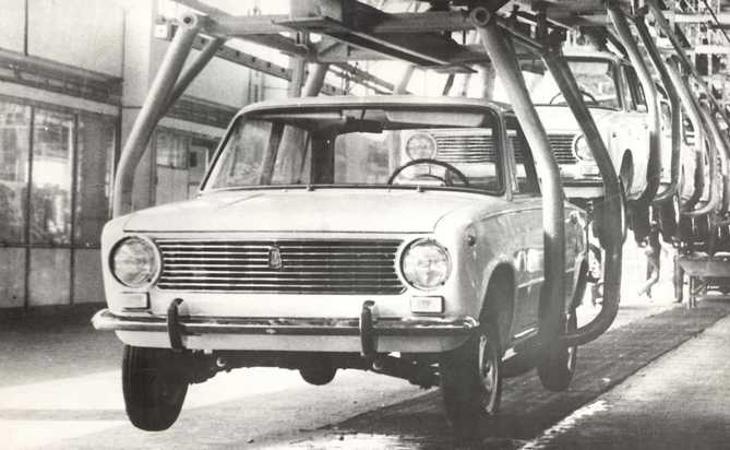 history-avtovaz-old-photo-38