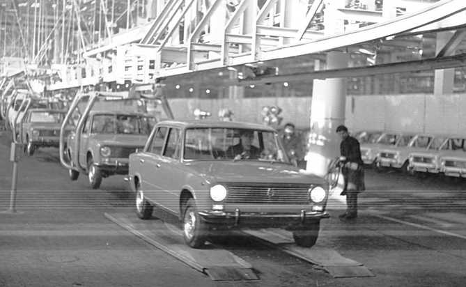 history-avtovaz-old-photo-45