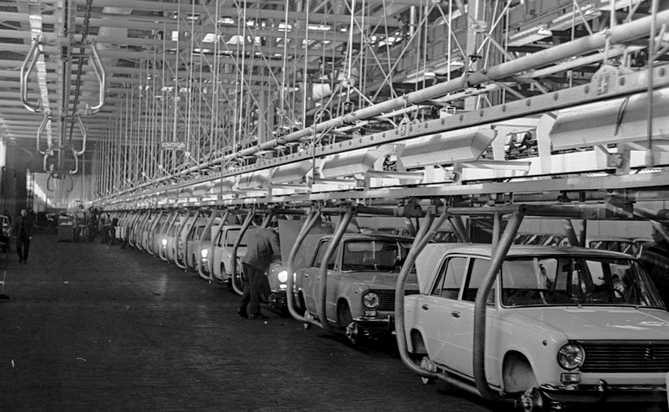 history-avtovaz-old-photo-47